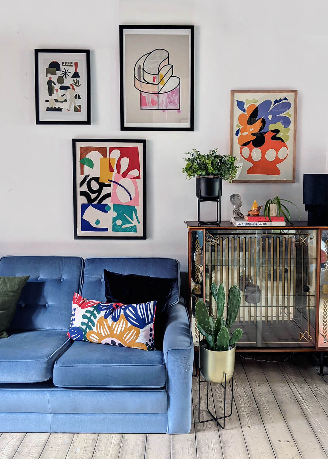interior styling and gallery wall by roxanne from ourgreyhaven